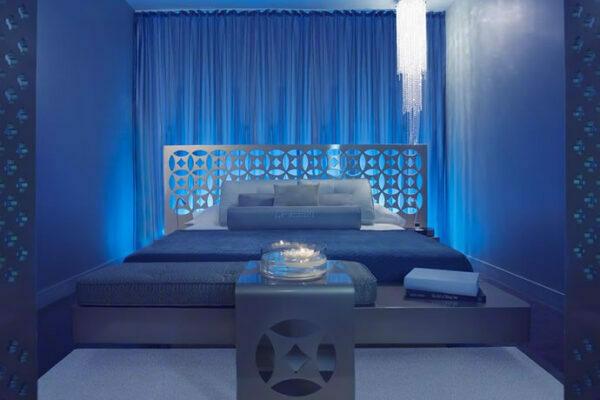 Dream Hotel Suite