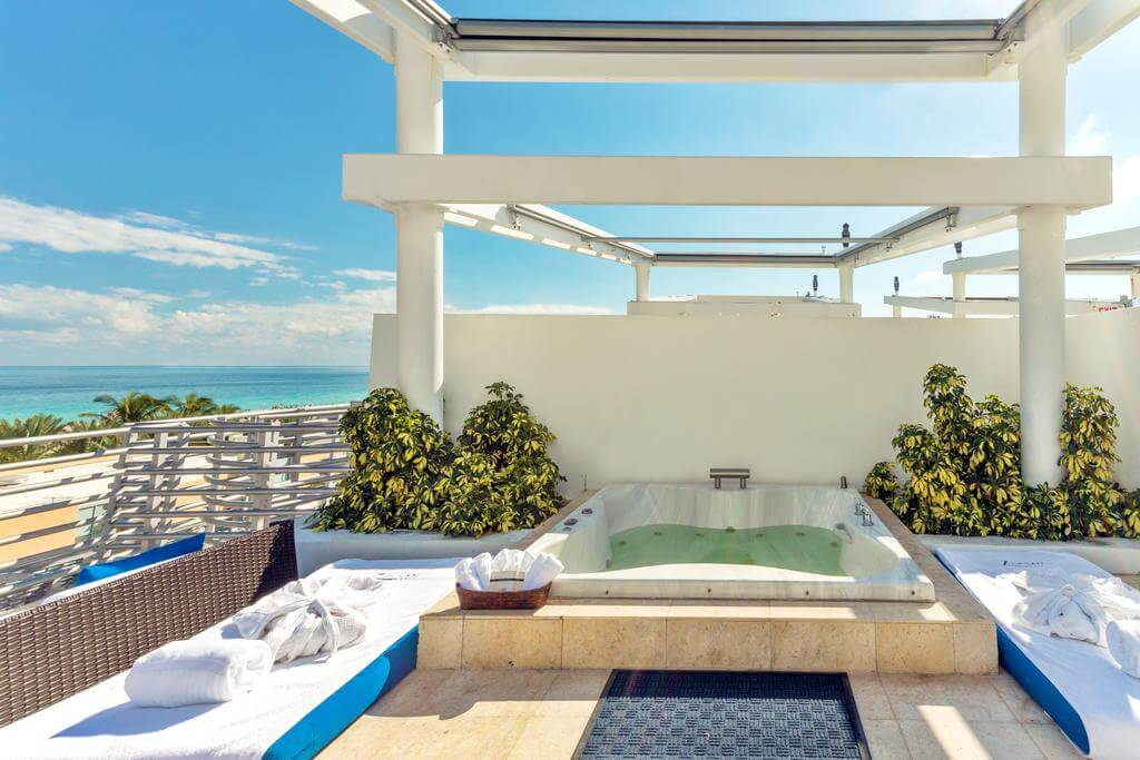 The Jacuzzi at the Z Ocean Hotel South Beach